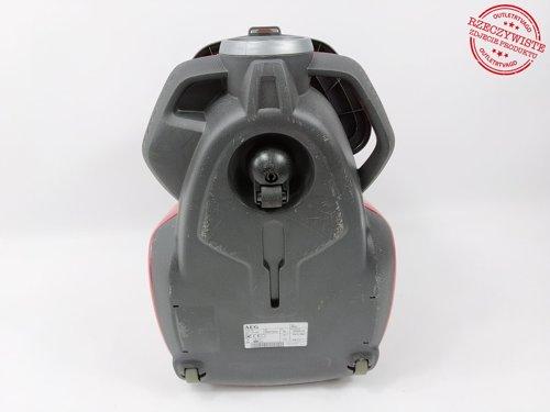 Odkurzacz bezworkowy AEG LX7-2